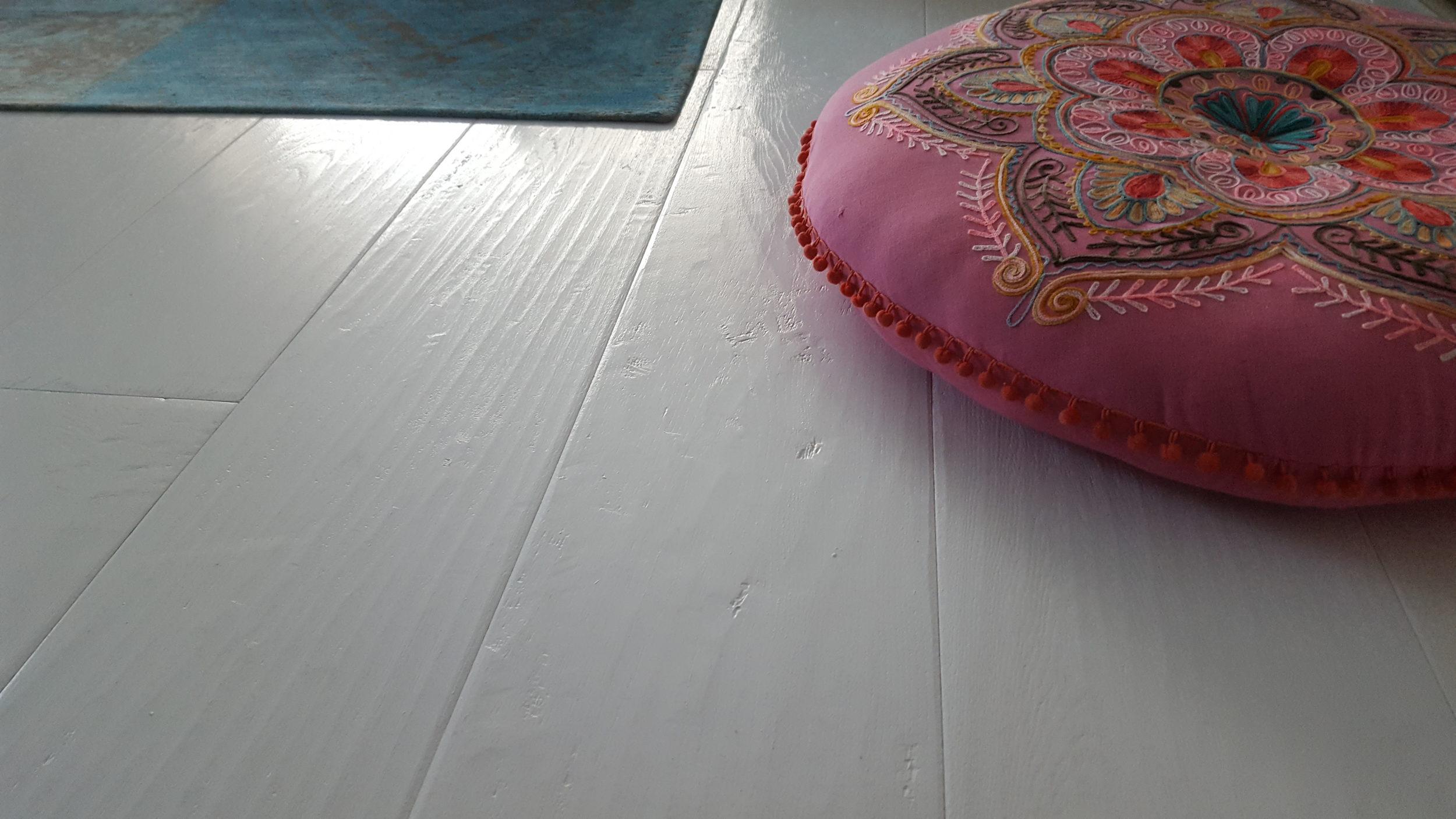 Witte vloeren witte houten vloeren wit geschilderde vloeren