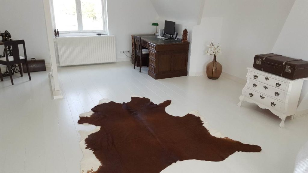 Slaapkamer Houten Vloer : Wit geschilderde vloeren voor slaapkamers en appartementen witte